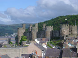 280-conwy_rooftops_3227.JPG