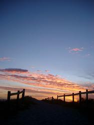 79-fence_sunset_silhouette_9357.JPG