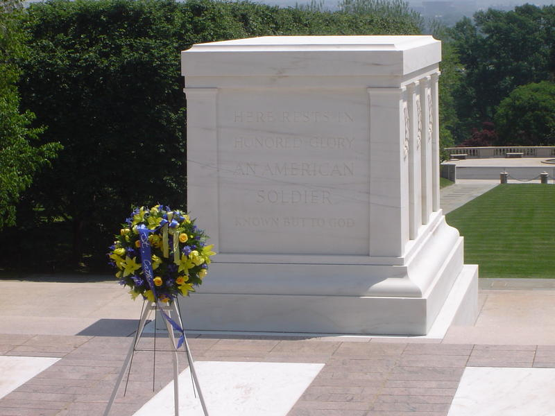 The Tomb of the Unknowns at arlingtion national cemetery
