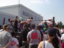 721-niagara_falls_wrestling00804.jpg