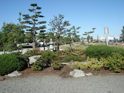 1413-Garry_Pt_Japanese_Garden.JPG