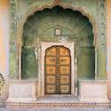 1918-India_Rajasthan_Jaipur_archway_01.jpg