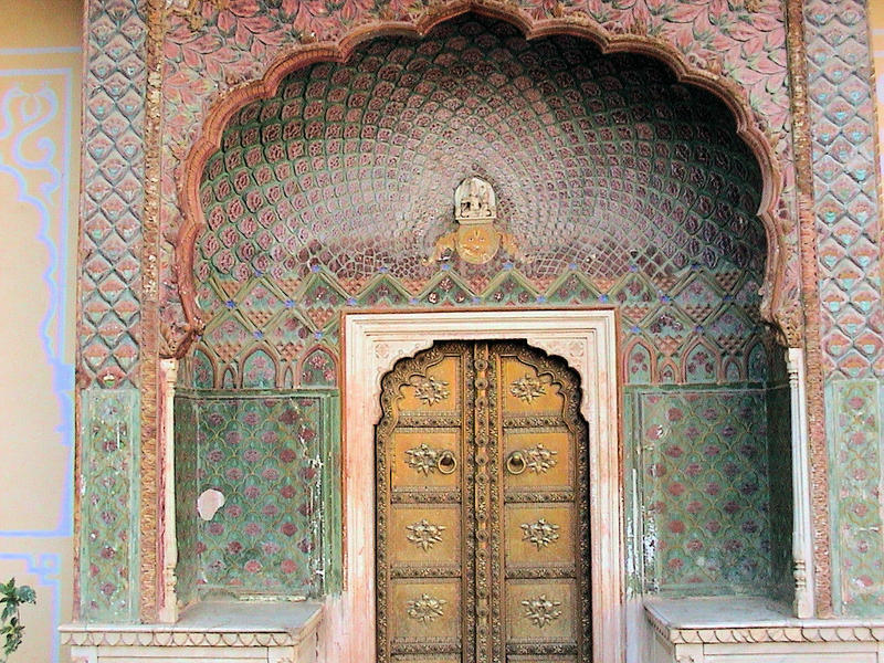 <p>Arched doorway inside Palace of Winds, Jaipur, Rajasthan</p>
