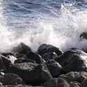 2592-breakwater waves