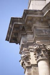 2786-corinthian columns