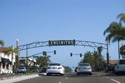 2619-encinitas gateway sign