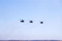 2693-helicopter gunships