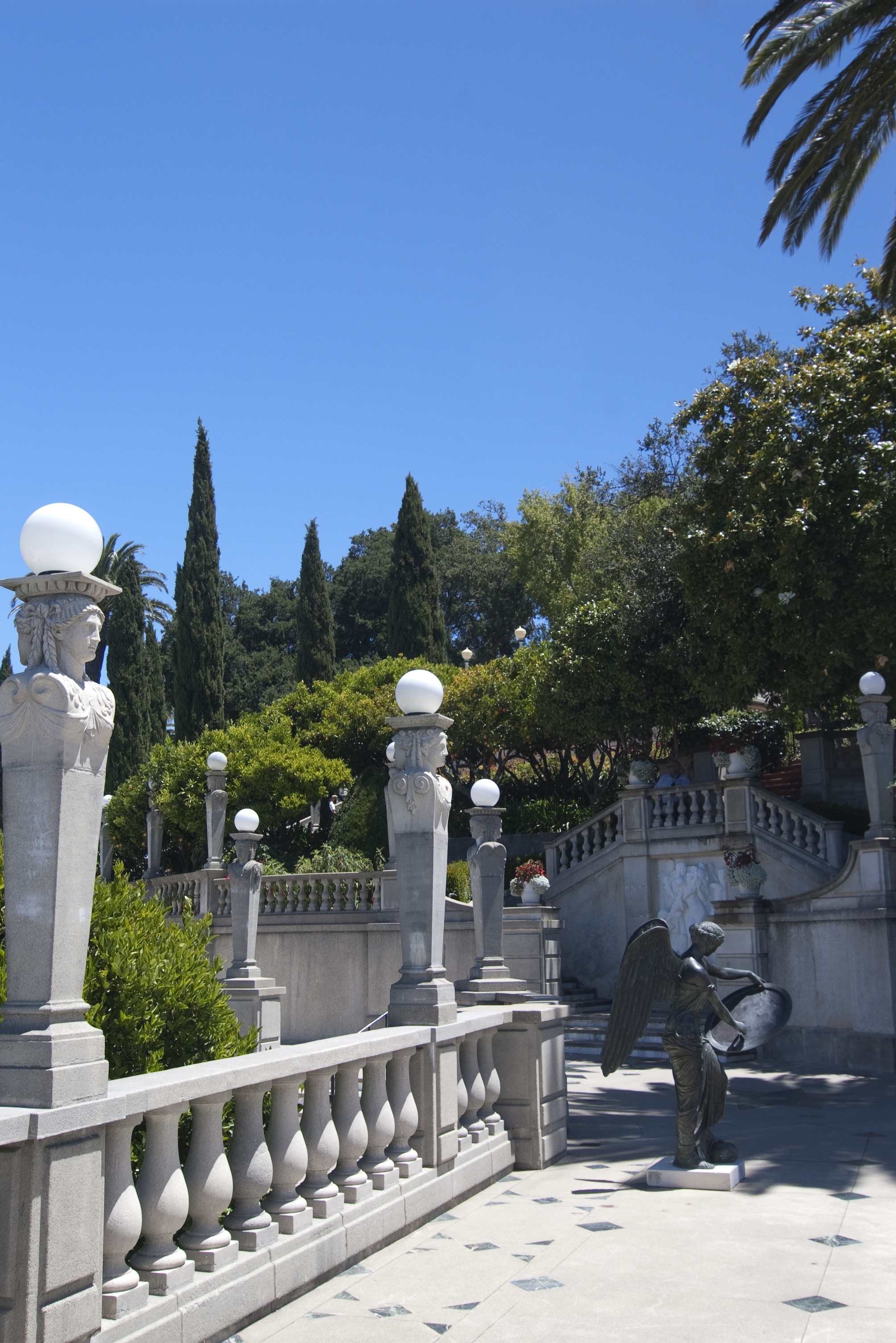 Free stock photo 2549 hearst castle gardens freeimageslive for Castle gardens pool