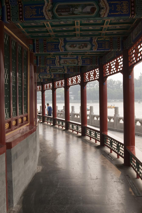 oriental temple cloister, a covered walkway inside a chinese temple