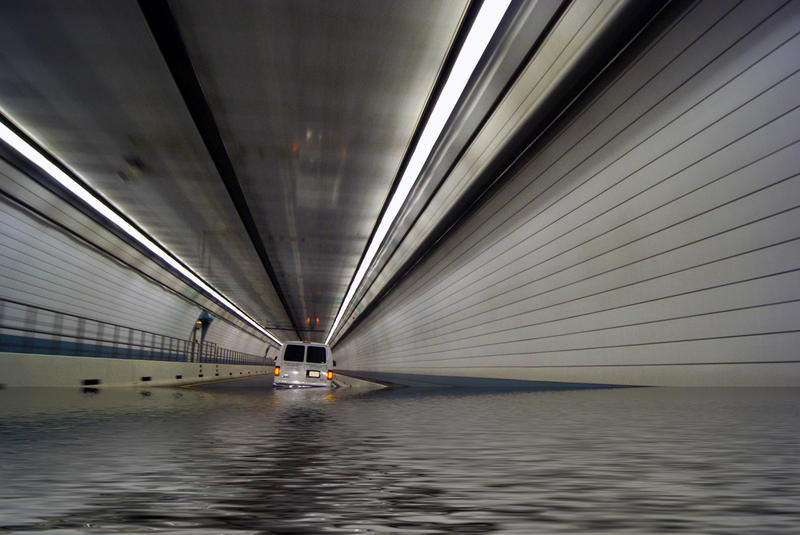 <p>Flooded Tunnel</p>Sony A-330 DSLR