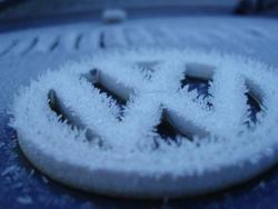 3440-frozen car