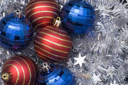 3586-red and blue christmas balls