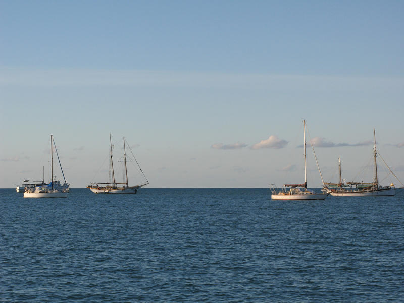 sailboats with various rig configurations, schooner, ketch and bermuda rigs