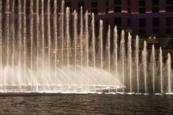 3260-las vegas fountains