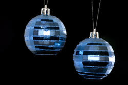 3617-two christmas baubles