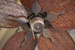 3285   old fashioned ceiling fan