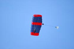 4188-Parachuting 2
