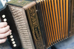 4346   accordion keyboard