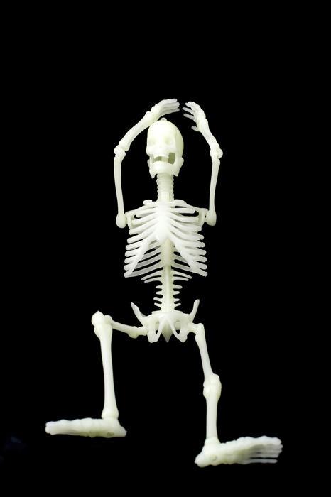 2990-relaxed skeleton