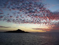4358   island silhouette