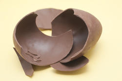 5045   Broken Chocolate Egg