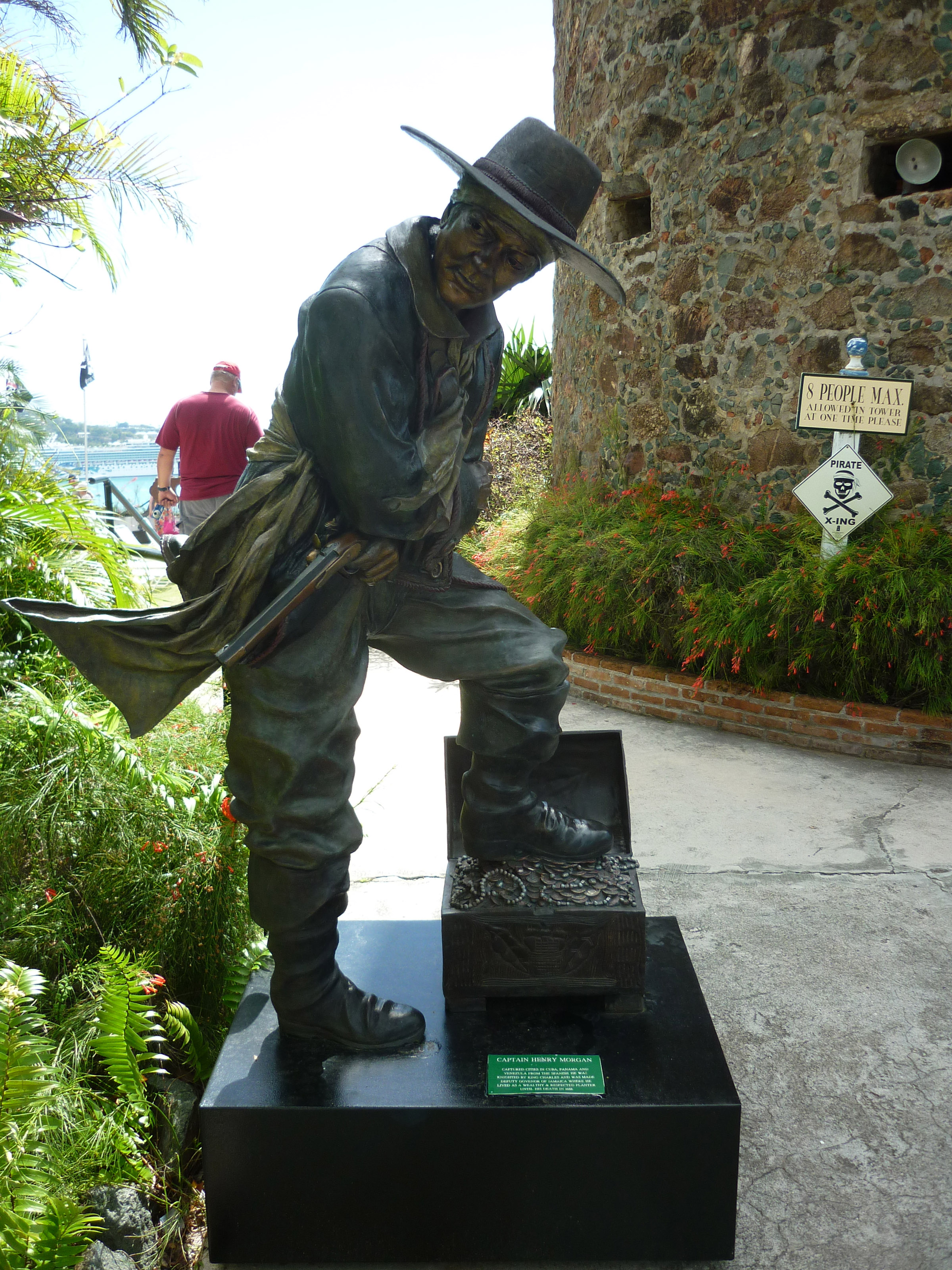 Free Stock Photo 4906 Captain Morgan Statue Freeimageslive