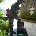 4906   captain morgan statue