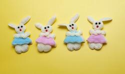 5053   Four Decorative Easter Bunnies