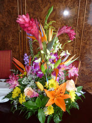 4807   flower arrangement
