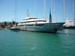 4897   mega yacht