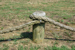 4999   Rope Fence