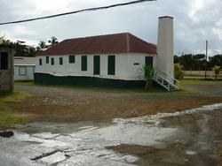 4933   shuttered building