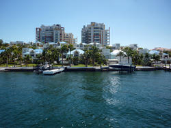 4934   waterfront houses