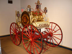 6674   Old Astoria fire cart