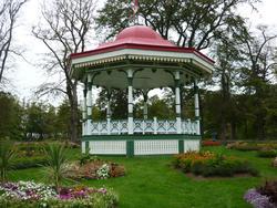 6771   Bandstand or garden gazebo