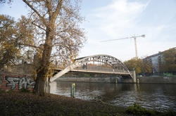 7073   Bridge over the river Spree