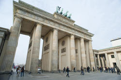 7063   Daylight view of the Brandenburg Gate, Berlin