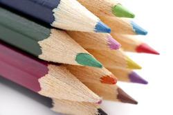 6943   Colouring pencils closeup