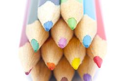 6945   Coloring pencils