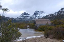 5846   boatshed cradle mountain