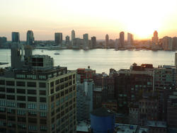 6654   Sunset over the East River