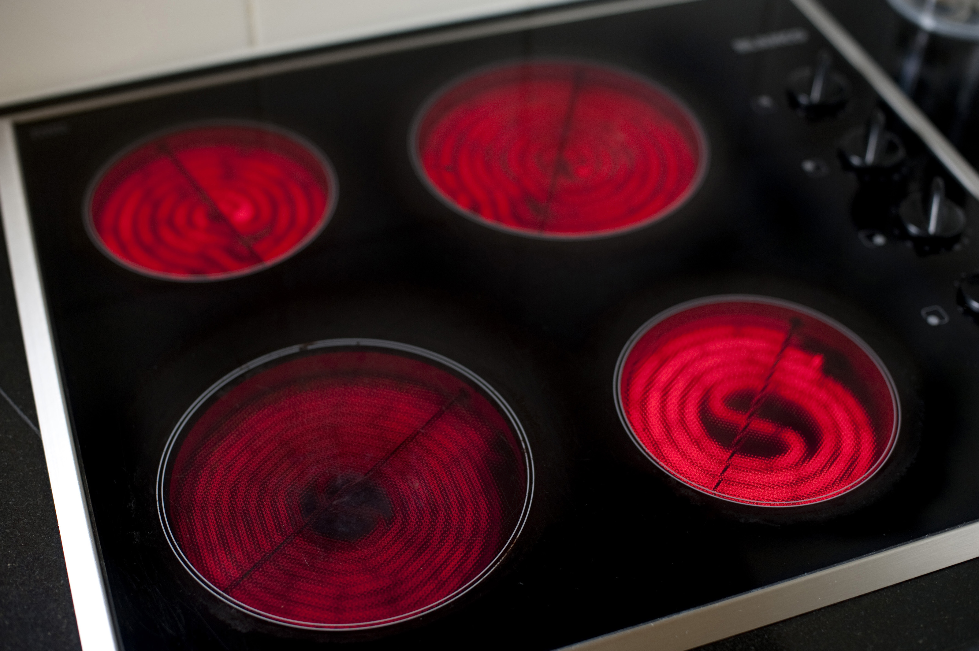 Free Stock Photo 5107 Electric Cooker Hotplates