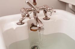 6922   Running a bath