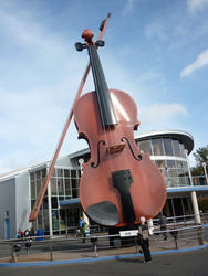 6717   Ceilidh fiddle in Sydney, Nova Scotia waterfront