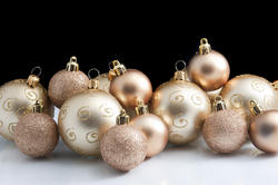 6816   Collection of gold Christmas baubles