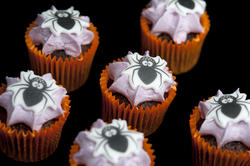 6485   spider halloween cakes