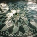 6660   John Lennon memorial