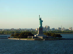 6661   View of the Statue of Liberty