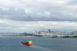 5672   cargo ship