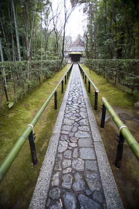 walkway to the entrance of Koto-in (Daitoku-ji) temple in Kyoto, Japan